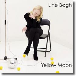 Cover: Line Bøgh - Yellow Moon
