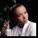 Cover: Julia Beautx - Glücklicher allein