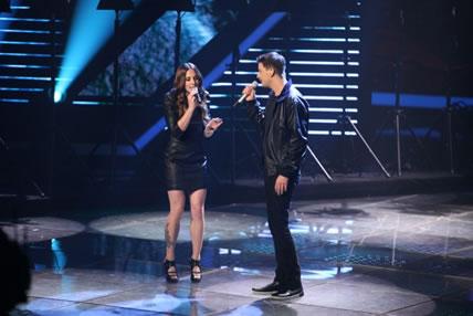 Melanie C  holt X Factor-Gewinner David Pfeffer als Special Guest auf die Buehne!
