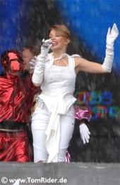 Kylie Minogue: im Koerper einer Fremden
