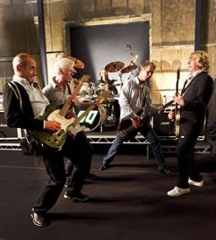 Status Quo zum 50-jaehrigen Bandbestehen live in Germany