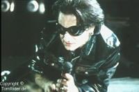 U2: Bono trommelt Stars fuer Protest-Album zusammen