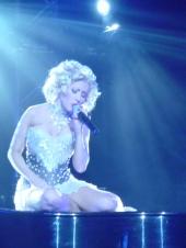 Christina Aguilera dankt ihren Fans