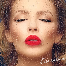 Kylie Minogue kuendigt Tour an!