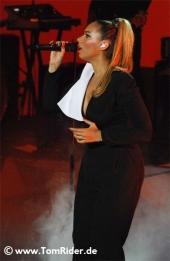 Leona Lewis hat eine neue Plattenfirma