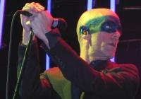 R.E.M.:  Michael Stipe zu 80 Prozent schwul