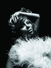 Mariah Carey bekommt einen Lap-Dance
