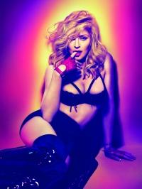 Madonna  macht sich nackig