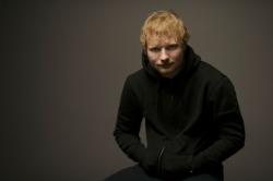 Ed Sheeran macht sich über Muskelprotze lustig