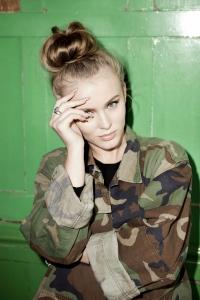 Zara Larsson: Als Frau macht man alles falsch