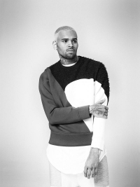 Chris Brown spendet fuer Texas
