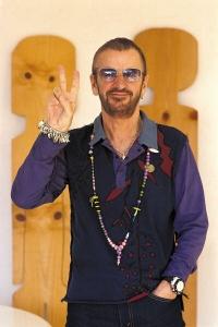 Ringo Star durchsucht alte Aufnahmen