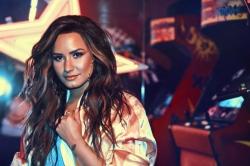 Demi Lovato bestaetigt Song mit Luis Fonsi