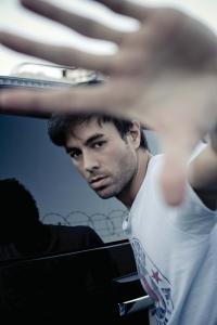 Enrique Iglesias wird falsche Freundin angedichtet