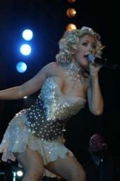 Christina Aguilera haelt sich fit