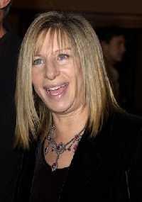 Barbra Streisand ist durch Fuehrerschein-Pruefung gefallen