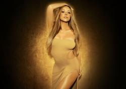 Mariah Carey feiert Weihnachten mit echten Rentieren
