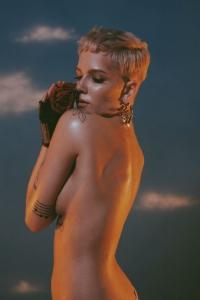 US-Charts: Halsey ist ueberwaeltigt