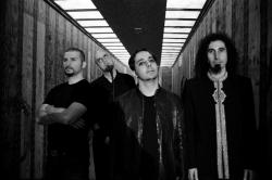 System Of A Down: Probleme mit Frontmann Serj Tankian?