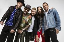 Backstreet Boys schmeissen Boxershorts in Koelner Fanmenge