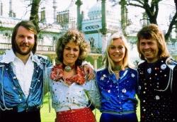 UK: ABBA schreiben Chart-Geschichte