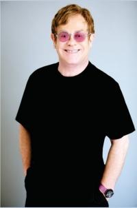 Elton John ist wuetend
