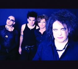 'The Cure': Robert Smith kuendigt Grosses an