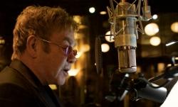 Elton John: handgeschriebene Songtexte werden versteigert