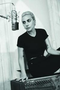 Lady Gaga und der Neujahrs-Kuss in Las Vegas