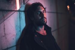Max Giesinger kehrt zu seinen Songwriter-Wurzeln zurueck
