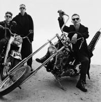 'Depeche Mode' spenden für Crewmitglieder