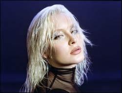 Zara Larsson liefert Female Empowerment und Pop-Banger