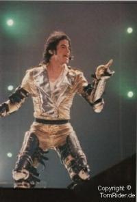 Michael Jackson: Goldhandschuh geht fuer 112.000 Dollar weg