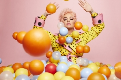 Katy Perry bricht Lanze fuer arbeitende Muetter