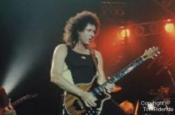 Brian May: Wäre fast einer Magenexplosion gestorben