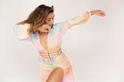 Vanessa Mai macht hei' auf neue Musik