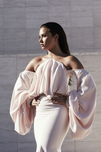 Demi Lovato eckt mit 'Commander in Chief' an