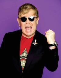 Elton John: auch er erhaelt 'Barbie'-Puppe zu seinen Ehren
