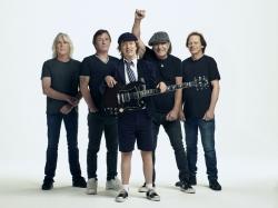 Deutsche Album-Charts: AC/DC verteidigen die Spitze