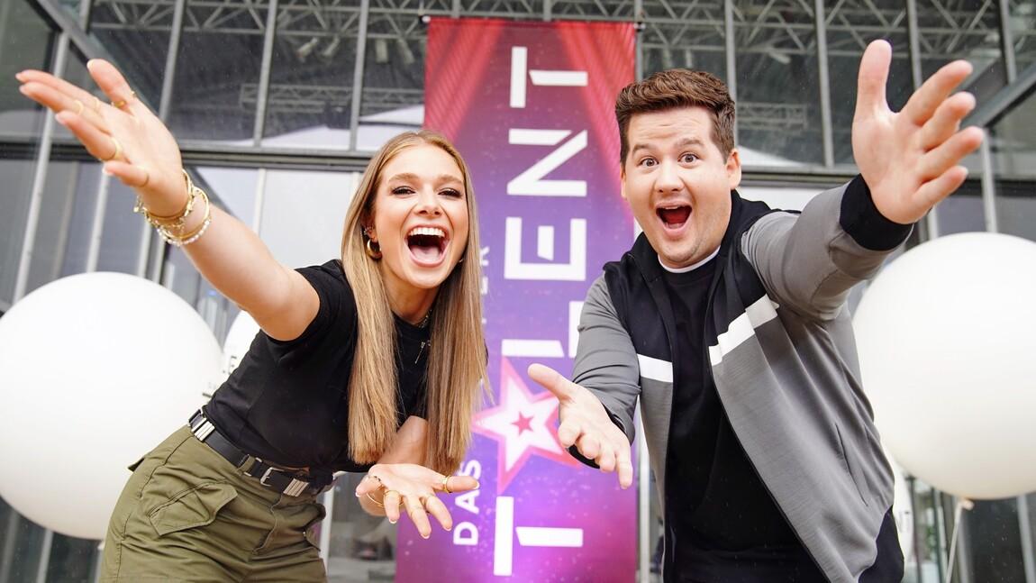Lola Weippert & Chris Tall moderieren Das Supertalent 2021